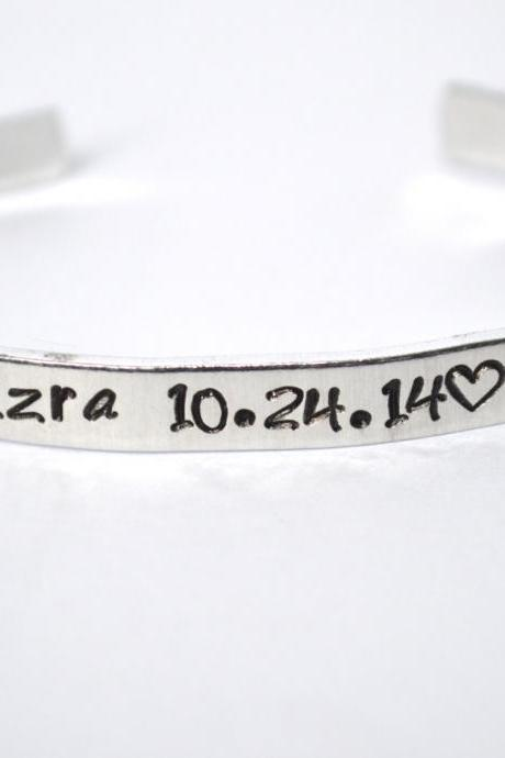 mommy bracelet with custom text aluminum cuff // mothers day gift for mom hand stamped metal stamped